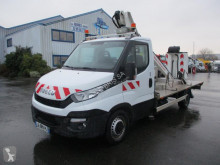 Utilitaire nacelle Iveco Daily 35S13