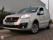 Peugeot Partner 120 hdi 100 premium, air fourgon utilitaire occasion