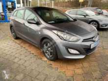 Hyundai i30 cw Trend voiture berline occasion