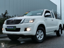 Toyota HiLux 2.5 d-4d sx xtra cab 4w used flatbed van