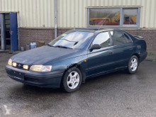 Voiture berline Toyota Carina E 1.6 Automatic Sedan Clean Car
