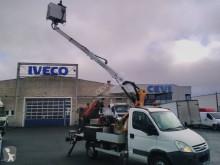Furgoneta Iveco Daily 35S10 plataforma elevadora sobre camión articulada telescópica usada
