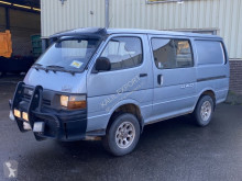 Fourgon utilitaire Toyota Hiace H15 4x4 Diesel Good Condition