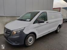 Fourgon utilitaire Mercedes Vito 111