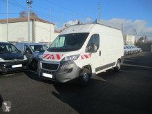 Peugeot Boxer 335 L2H2 2.0 BLUEHDI 130 PREMIUM PACK nyttofordon begagnad