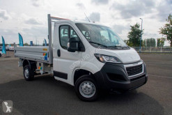 Peugeot three-way side tipper van Boxer