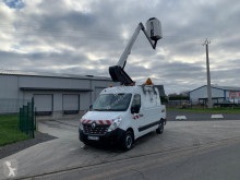Utilitaire nacelle Renault Master 2.3 DCI
