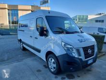 Veículo utilitário furgão comercial Nissan NV400 L2H2