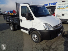 Utilitaire benne tri-benne Iveco Daily 35C11