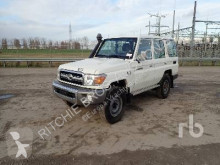 Voiture Toyota Land Cruiser