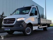 Mercedes flatbed van Sprinter 516 xxl openlaadbak