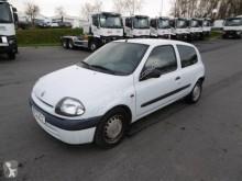 Voiture citadine Renault Clio 1.5 DCI