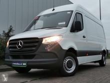 Mercedes Sprinter 211 cdi l2h2, airco, 84 nyttofordon begagnad