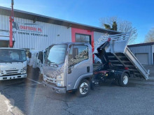 Isuzu commercial vehicle ampliroll / hook lift