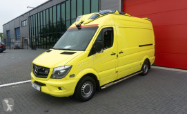 عربة نفعية Mercedes Sprinter 319 CDI Ambulance عربة إسعاف مستعمل