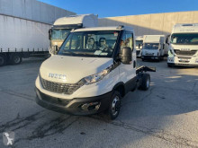 Utilitaire châssis cabine Iveco Daily 35C16