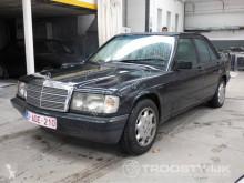 Voiture Mercedes 190