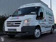 Fourgon utilitaire Ford Transit