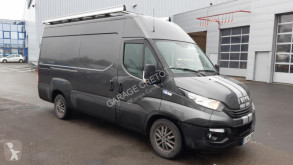 Iveco Daily 35S21V fourgon utilitaire occasion