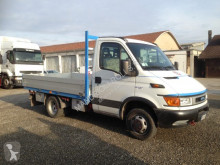 Utilitaire châssis cabine Iveco Daily Daily 35C11