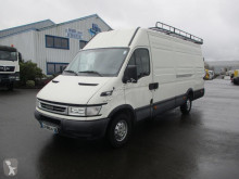 Iveco Daily 35S12 fourgon utilitaire occasion