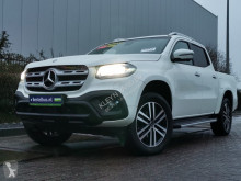 Voiture pick up Mercedes X-Klasse 250 CDI power edition grijs