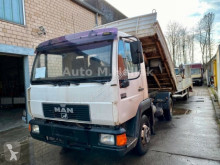 MAN L2000 L2000 8.224 Meiller 3 S. Kipper 6 Zylinder truck used three-way side tipper
