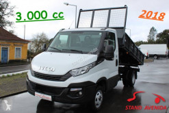 Utilitaire benne tri-benne Iveco Daily 35C15