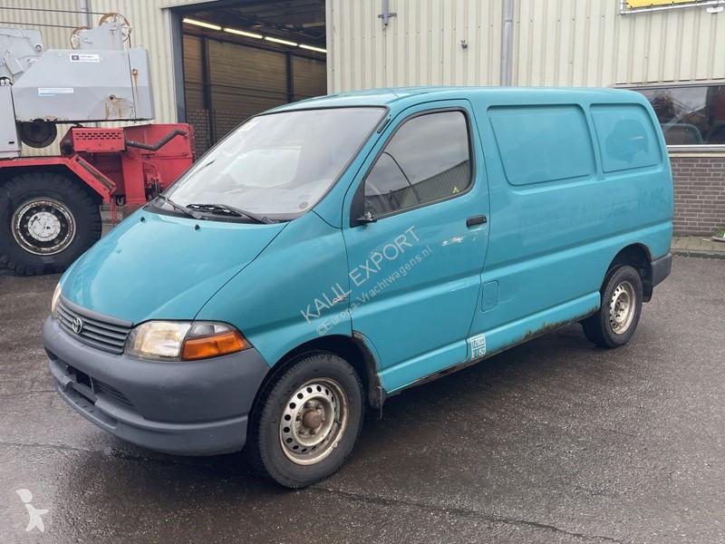 Zobaczyć zdjęcia Pojazd dostawczy Toyota Hiace 2.5 Diesel Engine Good Condition