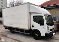 Utilitaire caisse grand volume Renault Maxity 150.35