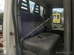 Iveco Daily Siège Asiento Delantero Derecho II 65 C 15 pour véhicule utilitaire II 65 C 15 запчасти другие запчасти б/у