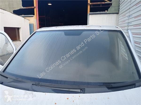Vedere le foto Veicolo commerciale nc Pare-brise Parabrisas Mercedes-Benz Vito Furgón (639)(06.2003->) 2.1 111  C pour véhicule utilitaire MERCEDES-BENZ Vito Furgón (639)(06.2003->) 2.1 111 CDI Compacto (639.601) [2,1 Ltr. - 80 kW CDI CAT]