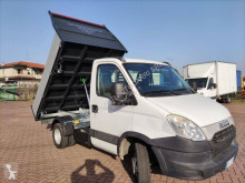 Iveco three-way side tipper van Daily 35C11