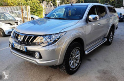 Voiture pick up Mitsubishi L 200 II