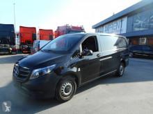 Veículo utilitário furgão comercial Mercedes Vito 114 CDI A2