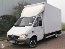 Utilitaire caisse grand volume Mercedes Sprinter