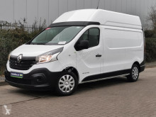 Fourgon utilitaire Renault Trafic 2.0 DCI 125 l2h2, airco, nav