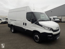 عربة نفعية عربة نفعية مقفلة Iveco Daily Hi-Matic