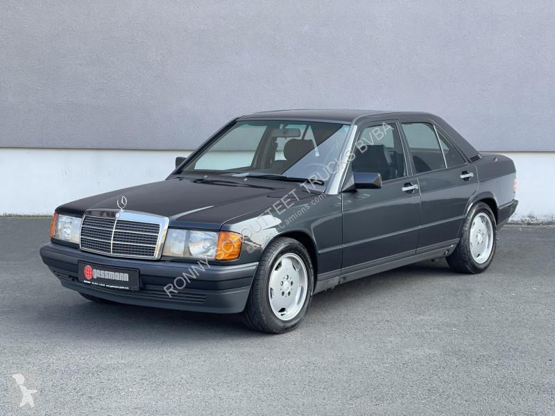 Voir les photos Véhicule utilitaire Mercedes 190E 3.2 AMG  3.2 AMG, Original, weltweit nur 39 Fahrzeuge gefertigt