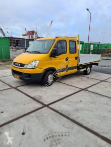 Furgoneta furgoneta caja abierta Iveco 35S 14 140pk pto kraan