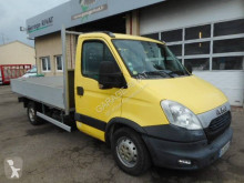 Utilitaire plateau ridelles Iveco Daily 35S13
