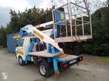 Furgoneta Socage plataforma elevadora sobre camión articulada usada