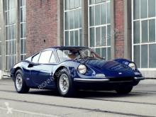Voiture coupé Ferrari 246 GT