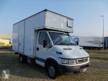 Fourgon utilitaire Iveco Daily 35C14