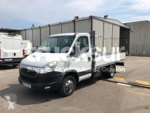 Veículo utilitário comercial estrado caixa aberta Iveco 35C15