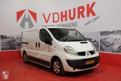 Veículo utilitário Renault Trafic 2.0 dCi Navi/Inrichting/Trekhaak/Cruis Pers./PDC/Sidebars/Bluetooth furgão comercial usado