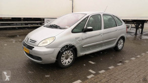 Citroën Xsara Picasso 2.0 HDI 90pk Attraction automobile usata