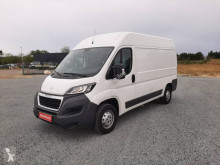 Fourgon utilitaire Peugeot Boxer L2H2 HDI 130