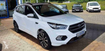 Automobile 4x4 / SUV Ford Kuga ST-Line