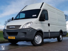 Fourgon utilitaire Iveco Daily 35 S 11